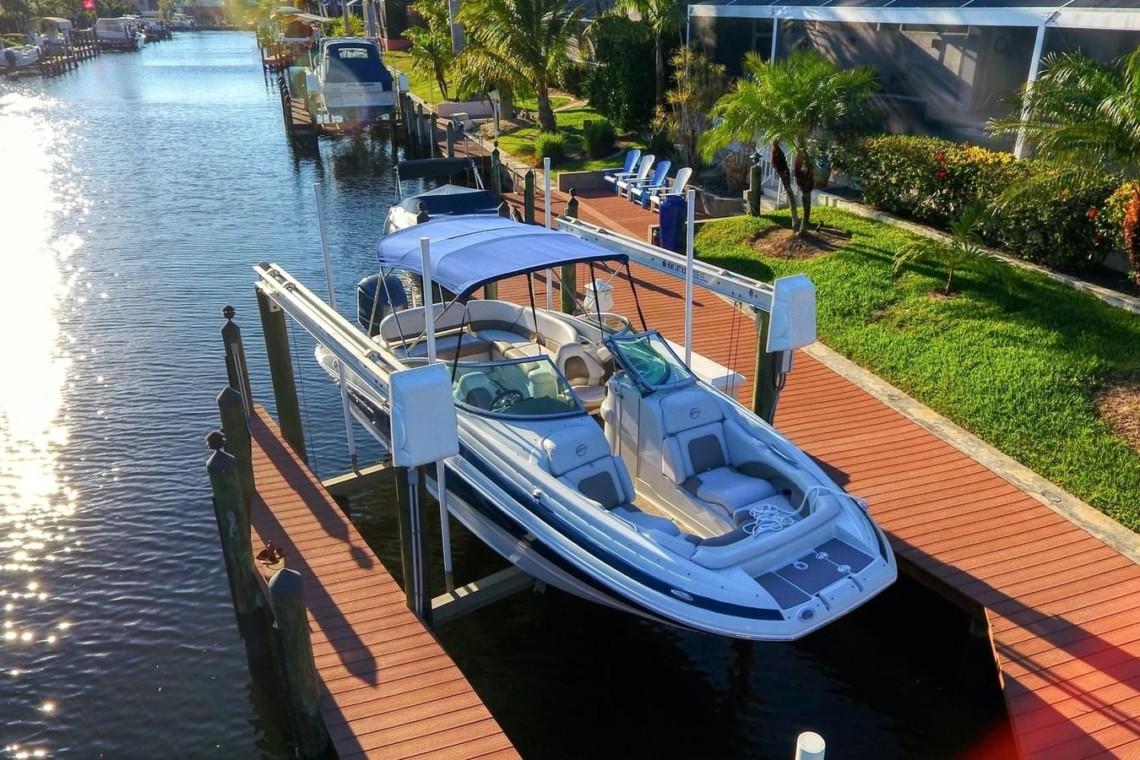 Boat Rental Cape Coral Crownline E6 XS 300HP