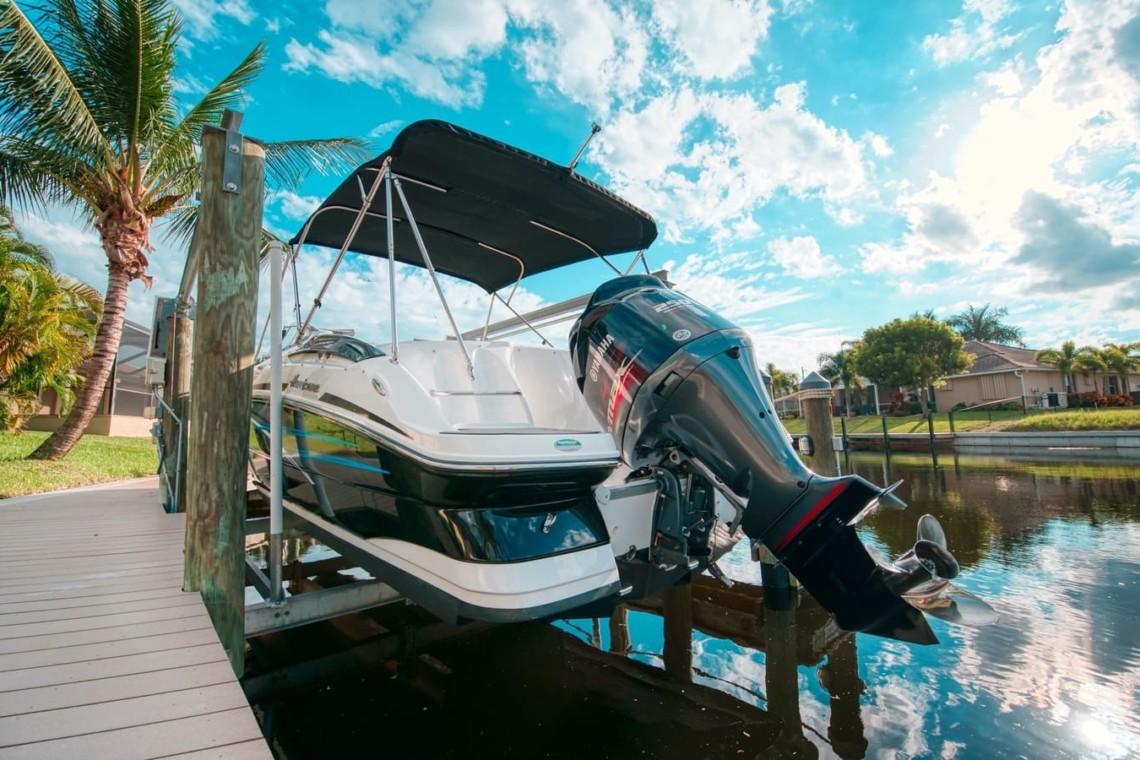 Boat Rental Cape Coral Florida Hurricane SD 2400