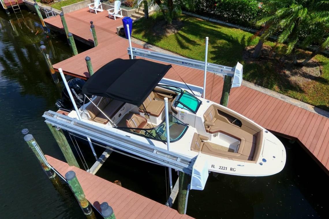 Boat-Rental-Cape-Coral-Sea Ray SDX 240